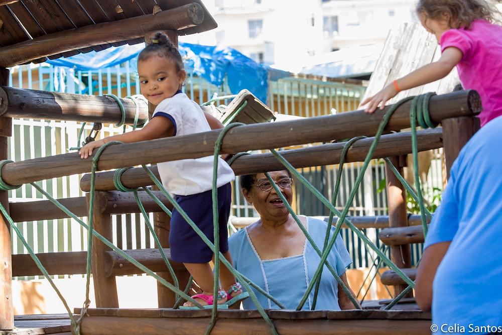 Creche Patinho Feliz é o maior orgulho de Anna Marcondes. Quase todos os moradores passam pelo cuidado do espaço. (Foto: Celia Santos)
