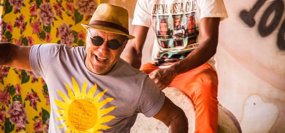 A vida de Walder Lima deu rodopios como os que ele gosta de ensaiar na dança, mas foi no solo de Cariacica que seus pés estacionaram. (Foto: Rafa Yamamoto)