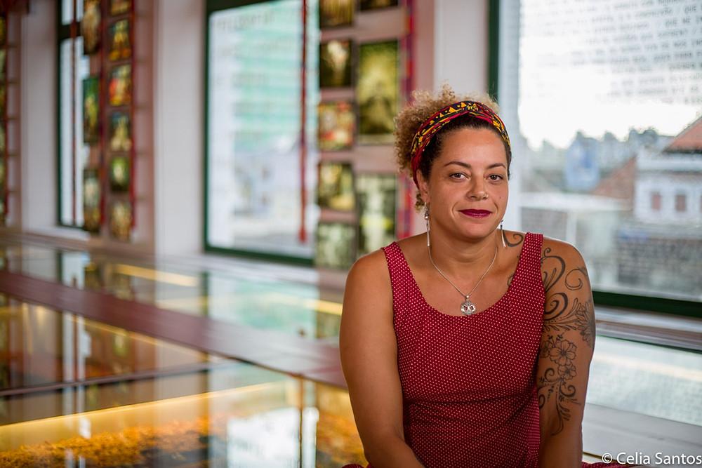 Gabrielle Conte defende inclusão da cultura popular na educação tradicional. (Foto: Celia Santos)