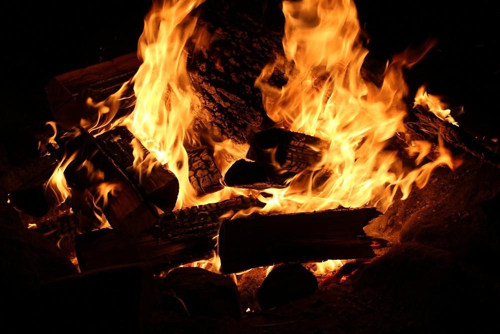 A fogueira não pode faltar nos festejos juninos