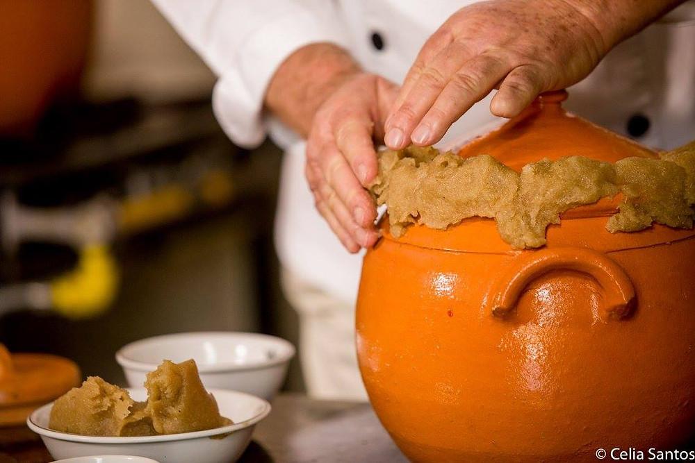 Barrear é a arte da culinária do Paraná.