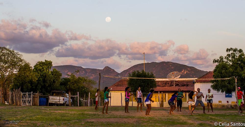 Esporte faz parte de comunidade sertaneja da Fazenda da Canoa e quebra esteriótipos frutos da seca. (Foto: Celia Santos)