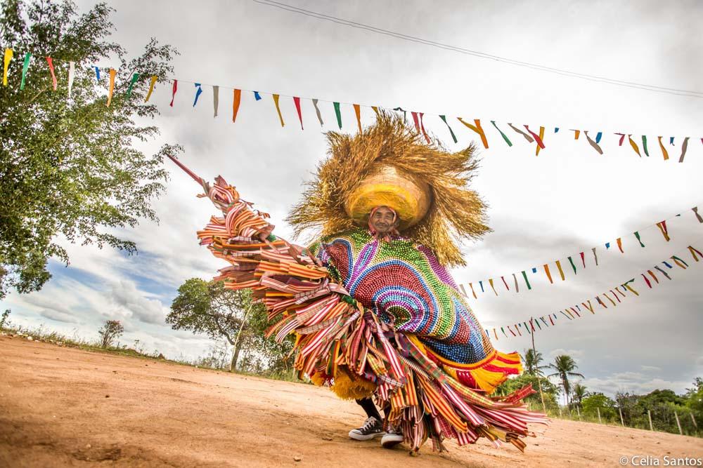 Não falta colorido na zona rural com o Maracatu que toma conta do Carnaval.