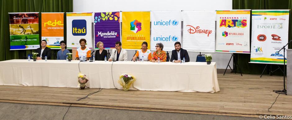 Debate sobre educação abre Caravana das Artes em Recife