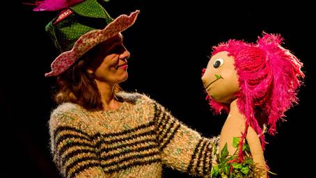 Teatro apresenta arte de se viver e de se libertar em Curitiba