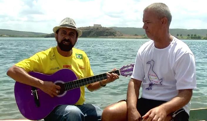 """Xangai canta """"Barcarola do Rio São Francisco"""""""