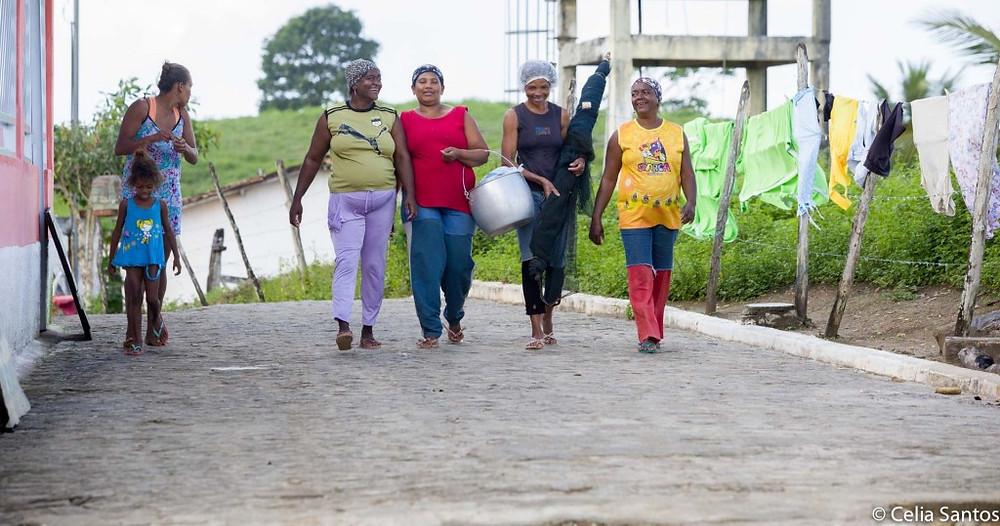 Descendentes de escravos seguem cultura da resistência em áreas quilombolas. | Foto:  Celia Santos/Instituto Mpumalanga.