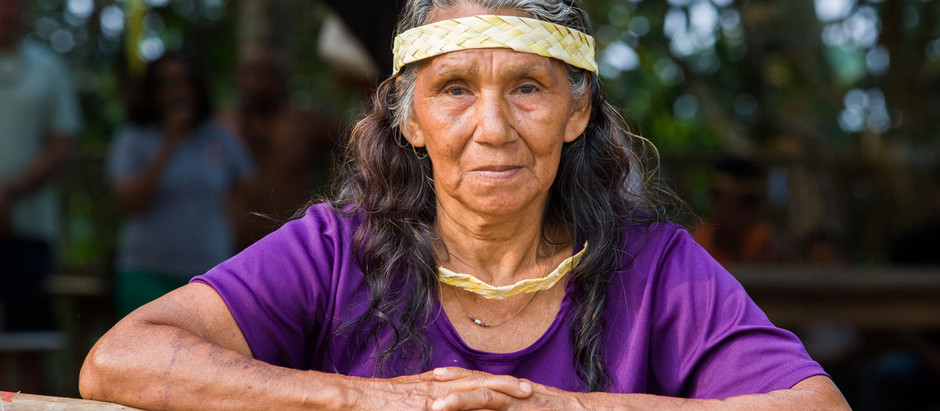 Aluna da natureza, a indígena Maria Laura apresenta sua fonte de sabedoria