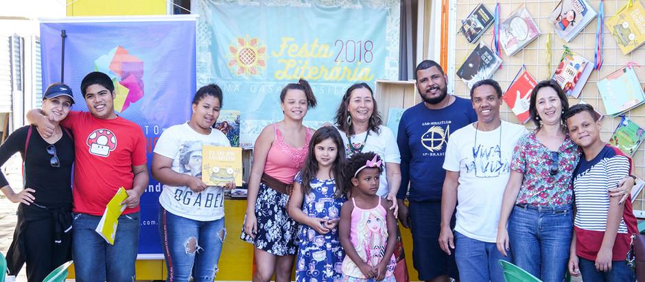 BOOK TRUCK: Matando a fome de leitura em São Sebastião