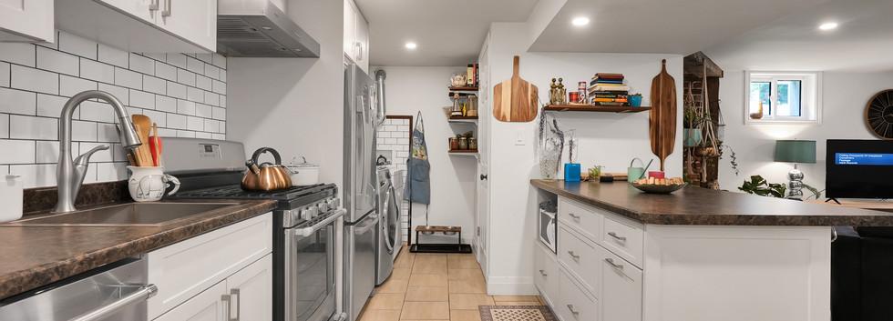 Beautiful full size kitchen