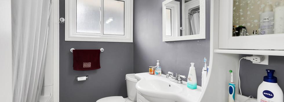 Updated 4 pc bathroom