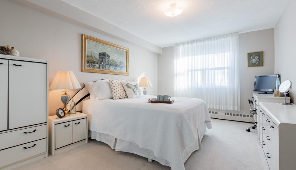master bedroom web_1-15.jpg