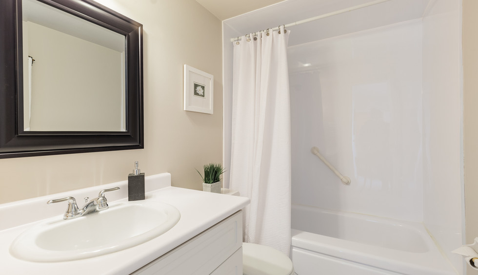 bathroom web_1-17.jpg