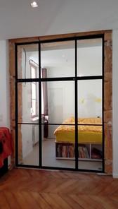 Séparation séjour/chambre avec port sur pivot