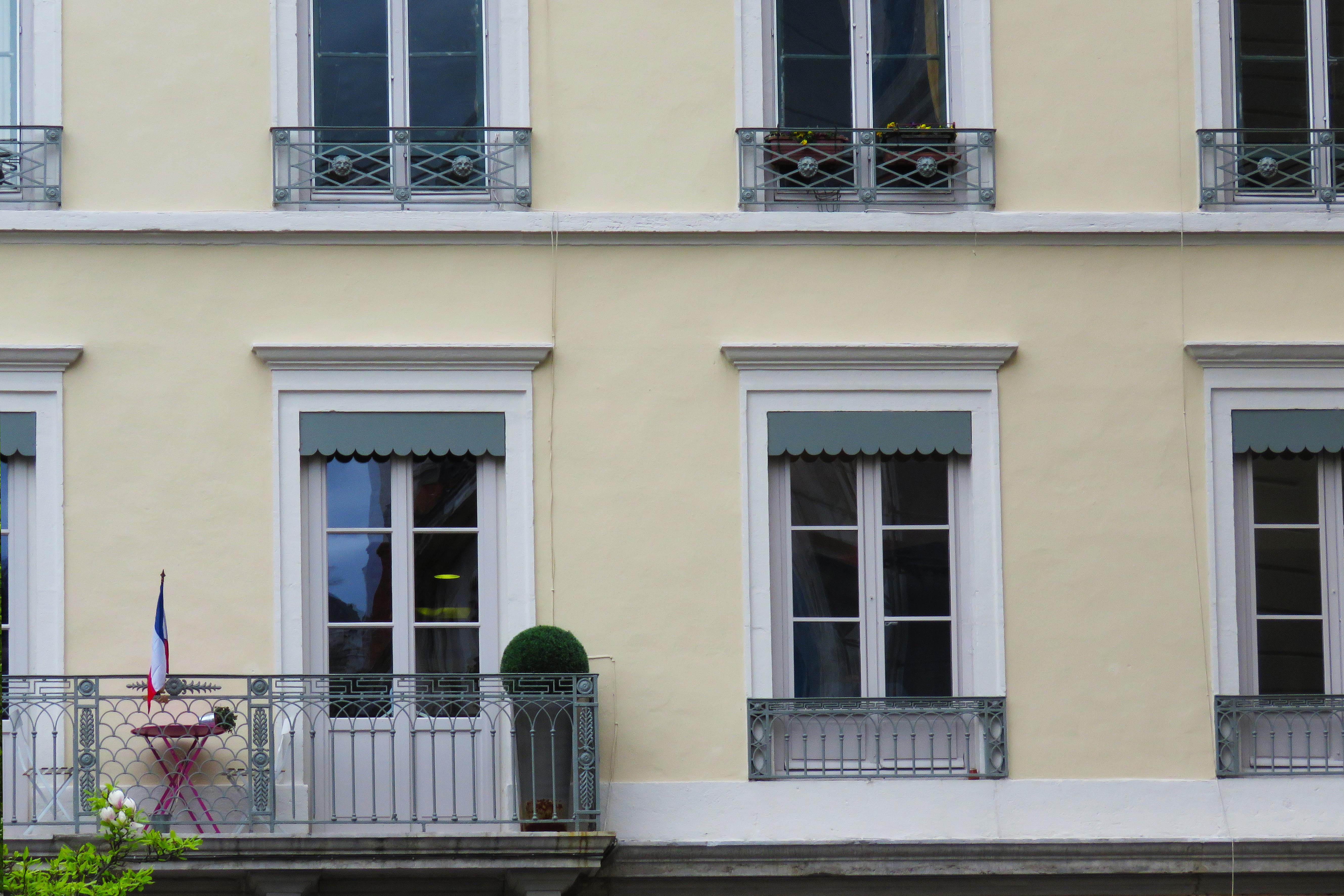 6 Place des Celestins