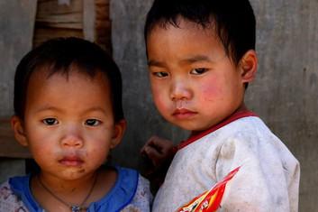 Portrait d'enfants au Laos