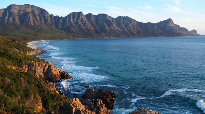 Plage magnifique pas loin de Cap Town en Afrique du Sud