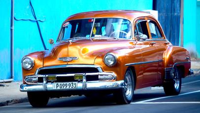 Voiture américaine à Cuba