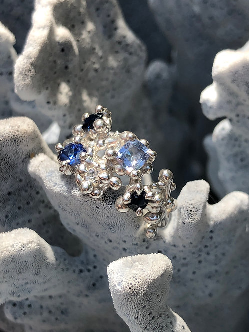 Coral inspired Multi coloured Blue Sapphire ring
