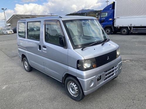 2006 Mitsubishi Japanese Mini Van [#4637]