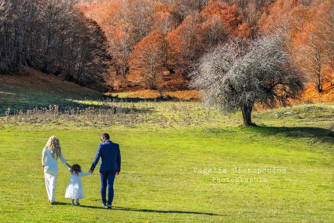 Elias & Charis + sweet Eleni | The post Wedding Session by 2Gstudio