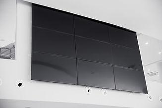 multiple screen LCD panel display in mod