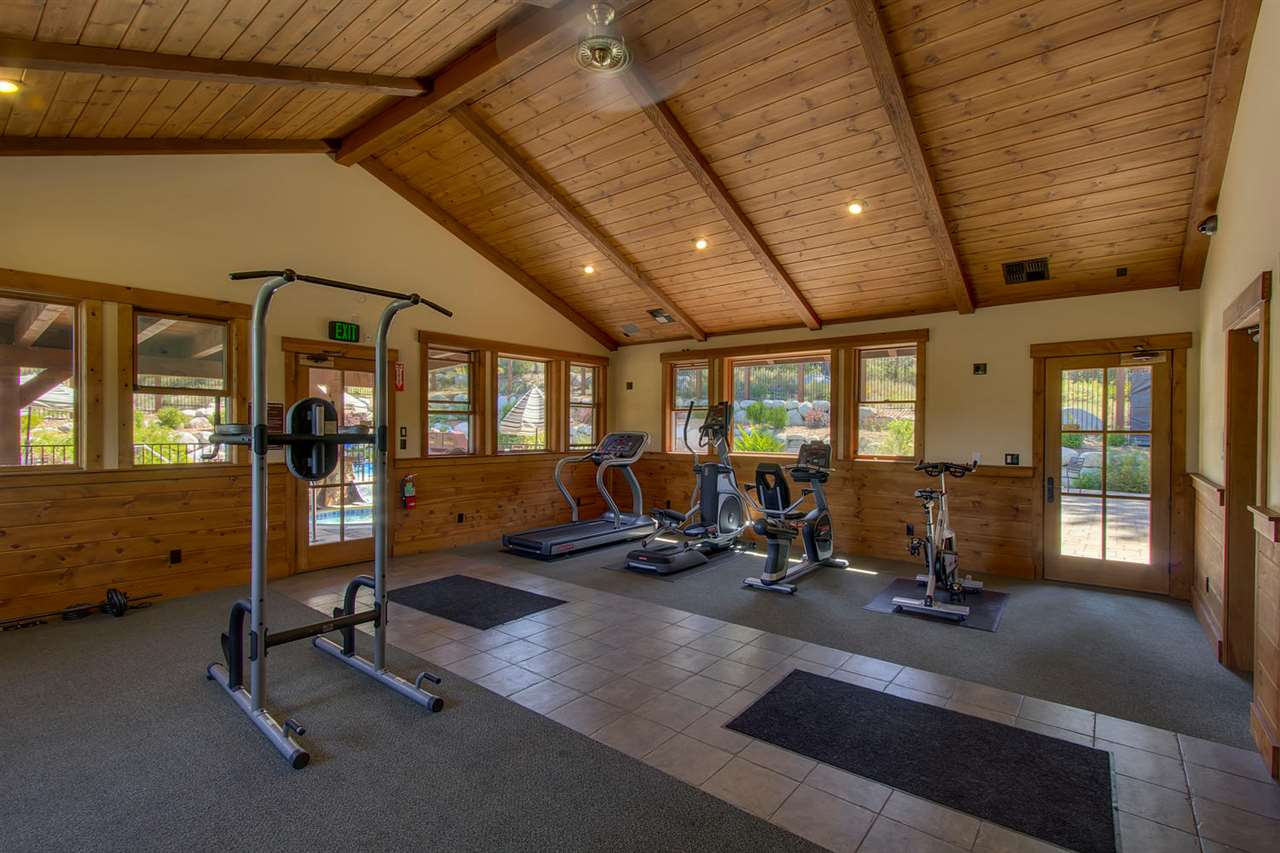 boulders - fitness room