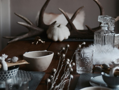 INSPO: SIT DOWN PLEASE - THE PERFECT DECO FOR YOUR FALL DINING TABLE #LETSGETGLAMOROUS