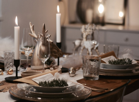 THE PERFECT CHRISTMAS DINING TABLE