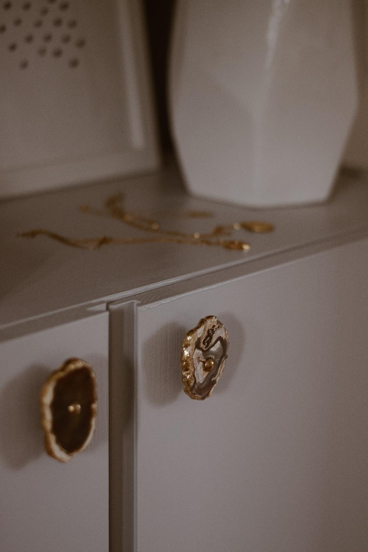 Möbelgriffe Marmor Gold