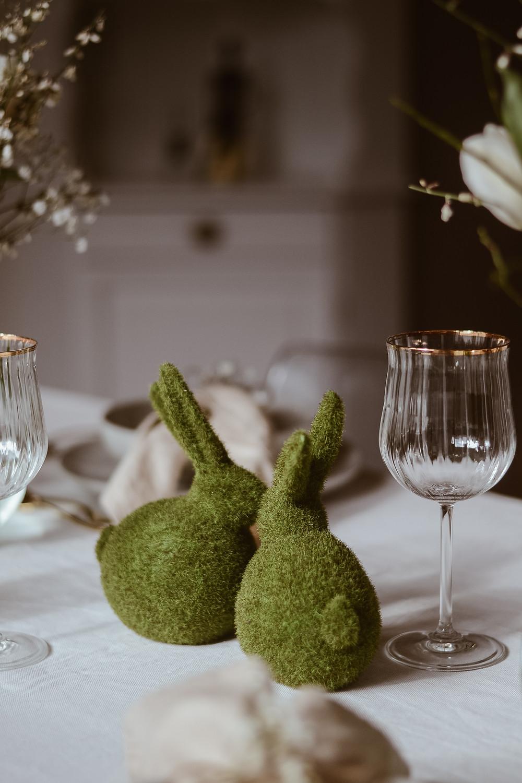 Stilvolle Tischdeko-Inspo für Ostern