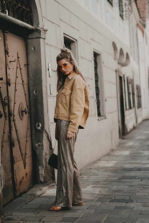 Trendfarbe Gelb! Streetstyle mit Palazzohose