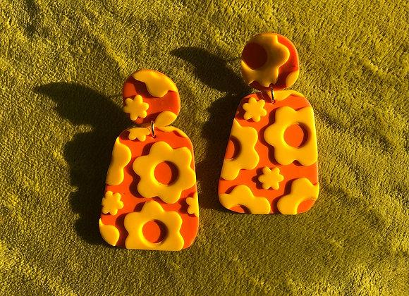 Mod orange+yellow flower power earrings