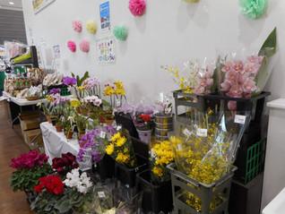 JA東京むさし 国分寺ファーマーズ・マーケット ムーちゃん広場に新しいランが入荷しました。