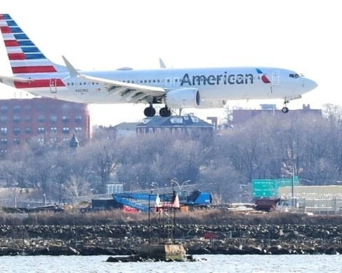 American Airlines mechanic charged with sabotaging plane