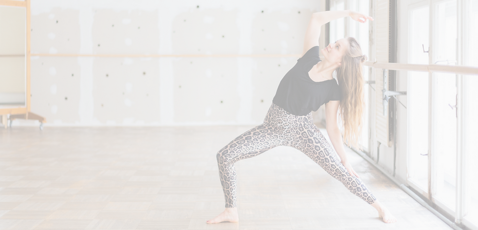 Yoga unlimited_Cora Sommer.png
