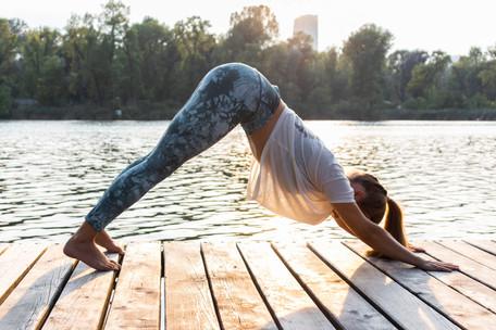 Cora Sommer_Yoga_AlteDonau_Copyright_Kat