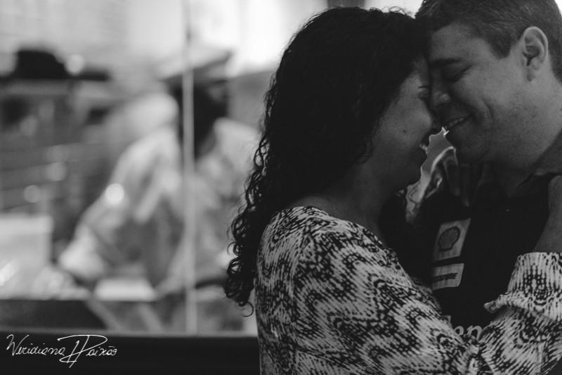 Juliane&Alexandre_pré_wedding_ensaio_casal_noite_urbano_fornearia_copacabana_(4).JPG