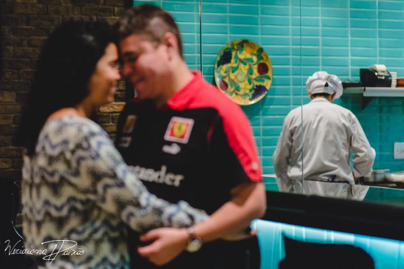 Juliane&Alexandre_pré_wedding_ensaio_casal_noite_urbano_fornearia_copacabana_(5).JPG