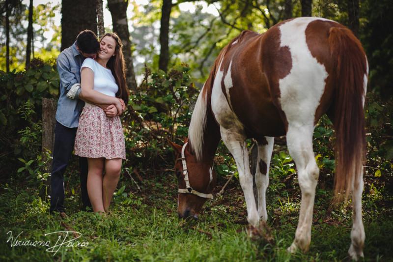 Luana&Layson_ensaio casal_pre wedding_dia_sol_nublado_haras fortaleza_sao jose dos pinhais (9).jpg
