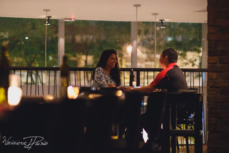 Juliane&Alexandre_pré_wedding_ensaio_casal_noite_urbano_fornearia_copacabana_(9).JPG