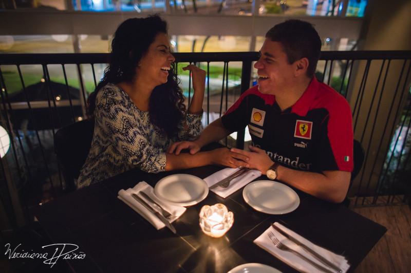 Juliane&Alexandre_pré_wedding_ensaio_casal_noite_urbano_fornearia_copacabana_(10).JPG