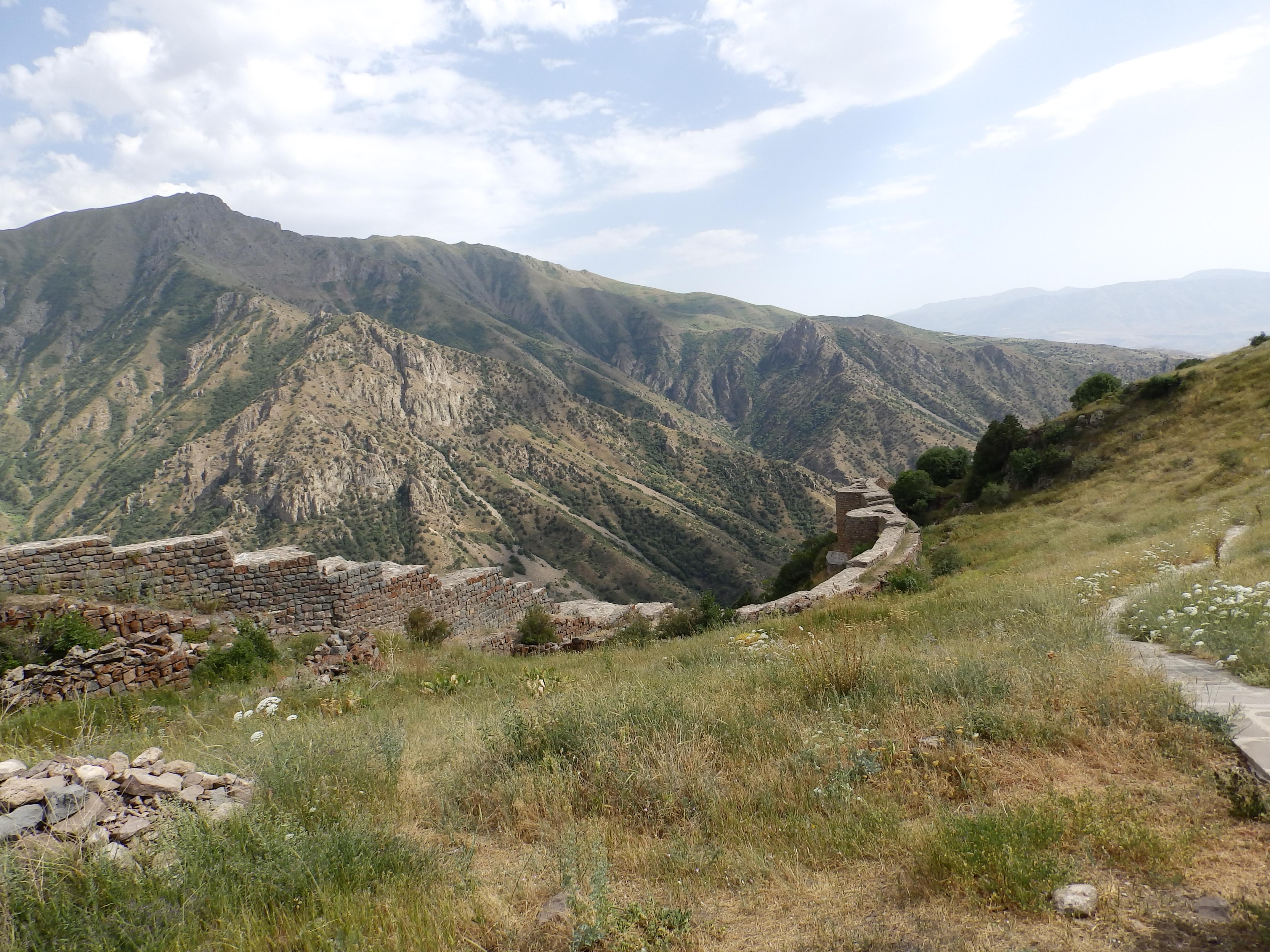 Armenia_cultureP7180241_–_kopija