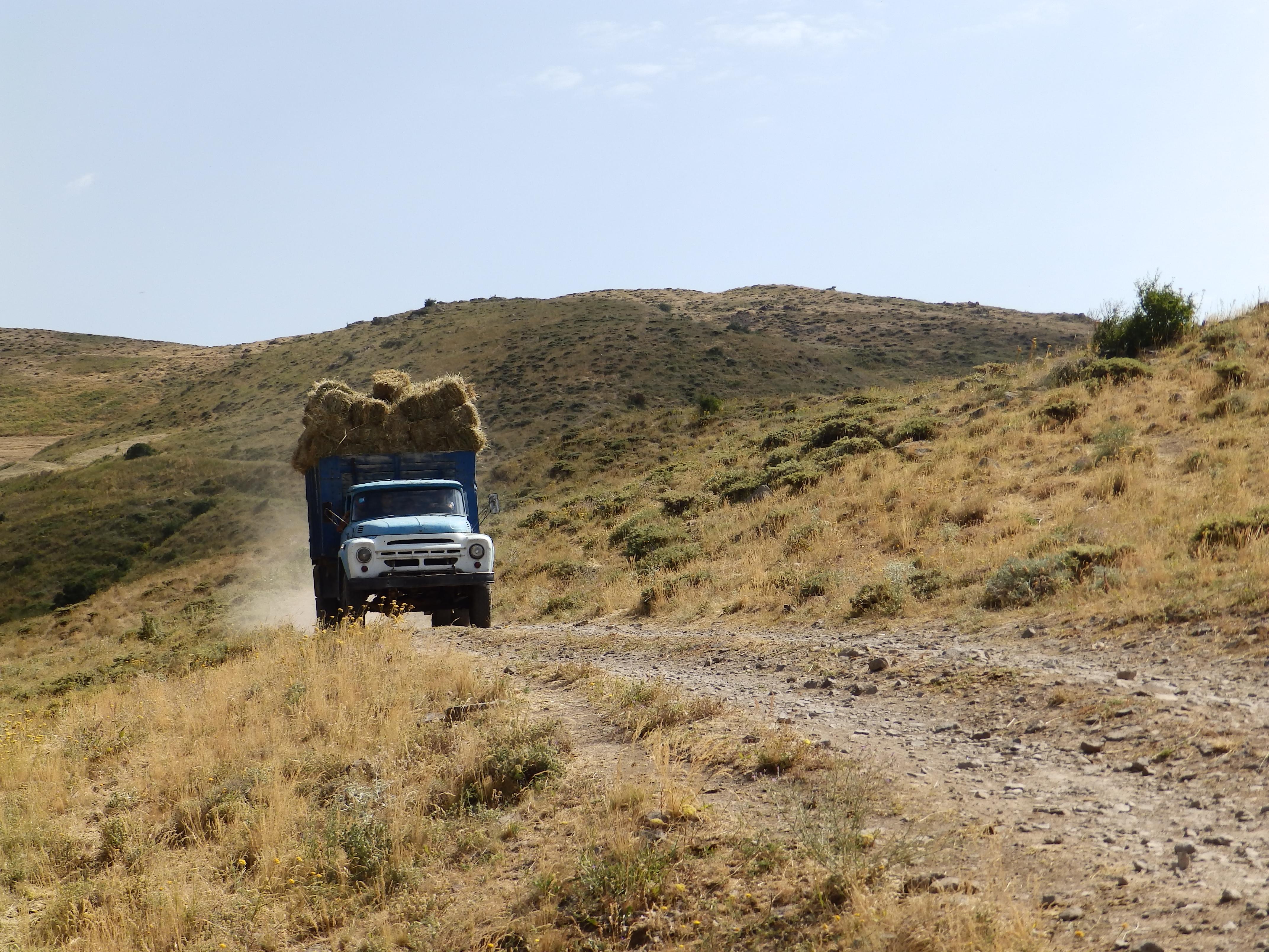 Armenia_cultureP7150168_–_kopija