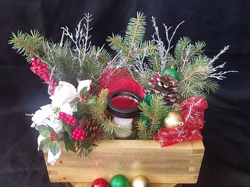 Finger jointed Centerpiece with Holiday Decor