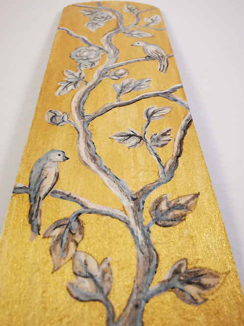 Grey chinoiserie on gold