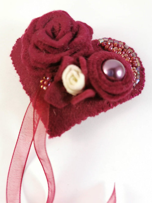 Red wine and white rose brooch