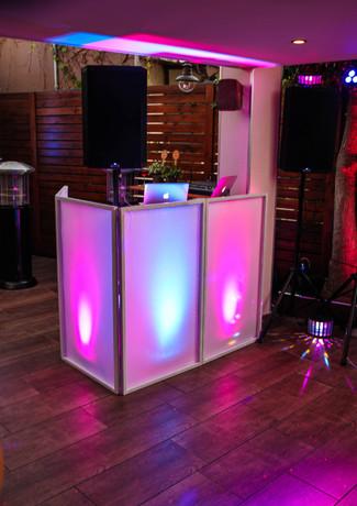 Gorilla Street DJ Setup