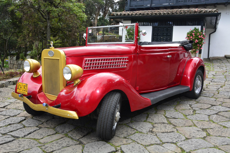 Ford rojo