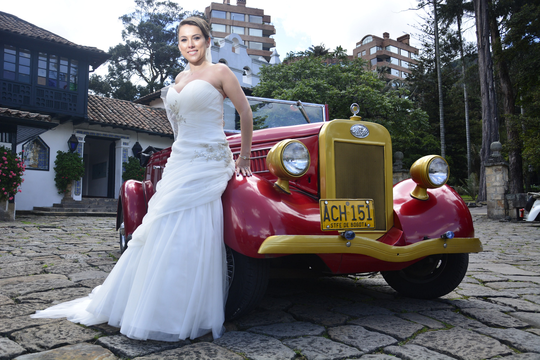 Ford  rojo novia